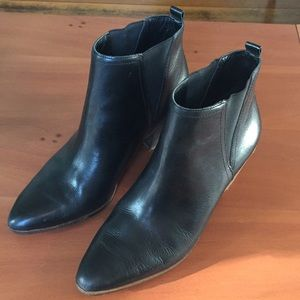 Lucky brand black leather booties size 9.5